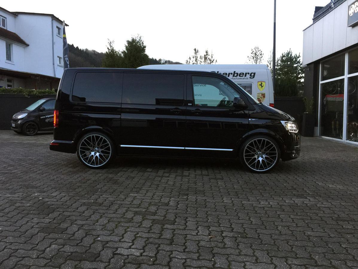 black schwarz alufelgen 22 zoll vw bus multivan t5 t6. Black Bedroom Furniture Sets. Home Design Ideas